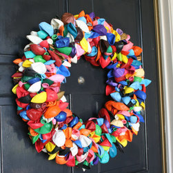 Balloon Wreath By Dahoney Designs - Let the whole neighborhood know you're celebrating a birthday with this unique wreath on your front door. Or, surprise someone with an unexpected water fight.
