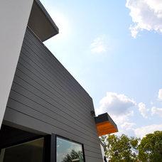 Contemporary Exterior by ísARK Studio