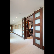 Contemporary Hall by Cantoni Irvine