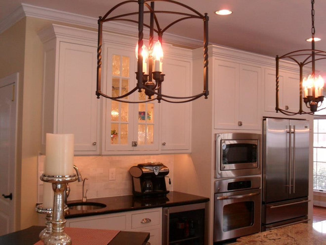 Contemporary Undercabinet Lighting by Parra Electric, Inc.