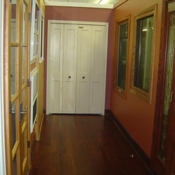"WoodHarbor - Showroom displays - WoodHarbor bi-folding 4'0"" closet door"