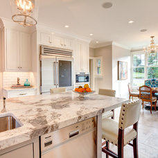Traditional Kitchen Cabinetry by collaborative interiors