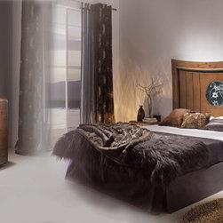 LEIRE BED SET 2 - MEASURES HEADBOARD: