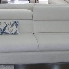 Modern Sofas by bostan mobilya