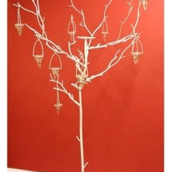 Large White Metal Candle Tree - Beautiful and elegant the Large White Metal Candle Tree will add a contemporary touch to your home. Finished in sleek white this candle holder holds six candles which hang from the branches. Standing over 5 feet tall and made of durable metal this piece will look perfect in the corner of any room.