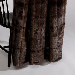 Ethan Allen - Sable Faux Fur Throw - Find yourself in the throes of luxury! This sable faux fur throw has all the rich style and indulgence of the real thing. Reverses to a solid back and is machine washable.