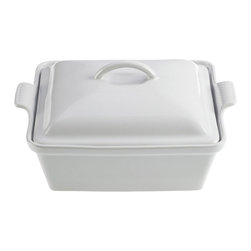 Le Creuset - Le Creuset Heritage Stoneware 2 Quart Covered Square Casserole, White, 2.5 Quart - Le Creuset stoneware casseroles offer superior, highly functional performance in the oven and at the table. These durable stoneware dishes include tight-fitting lids and easy-to-grip grooved side handles, and are designed for a multitude of kitchen tasks, whether baking desserts, oven-roasting meats, broiling fish or simply marinating before cooking.