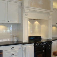 Traditional Kitchen by Shaftesbury Kitchens