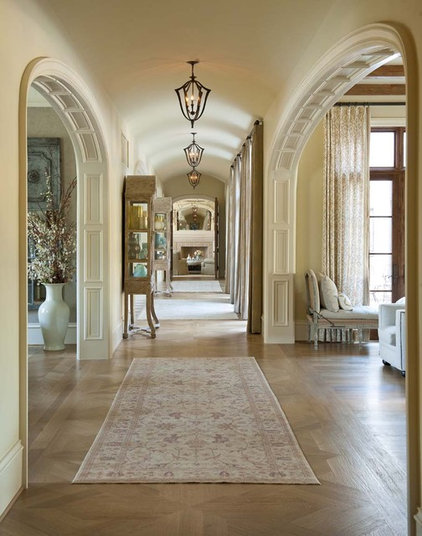 Traditional Hall by Astleford Interiors, Inc.