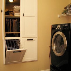 Love this! A laundry room next to the master ... | Maison Bien Nommee