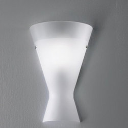 """De Majo