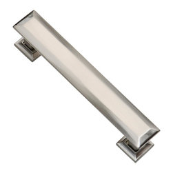 Southern Hills - Southern Hills Satin Nickel Cabinet Pull - 4 3/4 inch - Pack of 5 - Let's face it. Kids (and adults) sometimes get sticky or greasy fingers. For contemporary cabinet hardware with a bit of sheen, without showing finger prints, look no farther than these Southern Hills satin nickel cabinet pulls. Not only are they easy to keep clean, but you'll love the way the faceted design reflects light. Something to think about on those weekends when the kids are away visiting the grandparents and Chef Louie (AKA your darling husband) cooks you a fabulous dinner by candlelight.