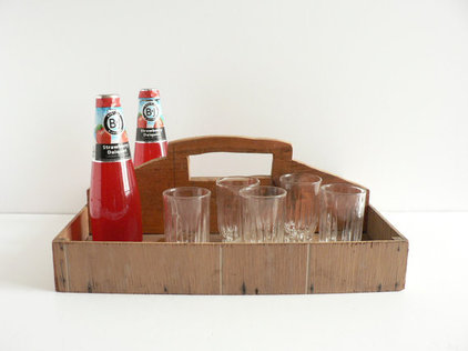 Traditional Platters by Etsy