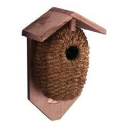 Esschert Design - Nest Pocket Birdhouse, Coconut Fiber - Give your avian friends a treat with this nesting pocket birdhouse, made from wire and covered with durable natural materials. This pinewood feeder will fit right in to the foliage, adding to the beauty of your yard while serving an important purpose.