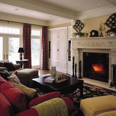 Traditional Living Room by Gelotte Hommas Architecture