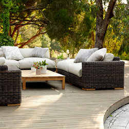Outdoor Furniture Collection 2014 - Oversized luxury of the Balsa setting with outdoor Linen in Natural colour, shown with low teak table.
