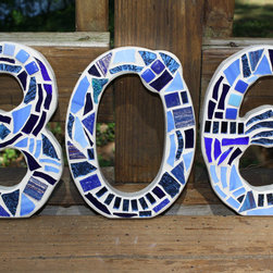 Custom Made Stained Glass Mosaic House Numbers by Wise Crackin' Mosaics - I love that these are stand-alone numbers, and that they are made with stained glass. Place them on the side of the door or in the front garden.