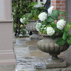 by Blooming Planter