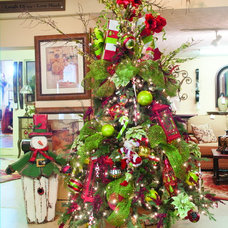 Traditional Christmas Trees by Sacksteder's Interiors