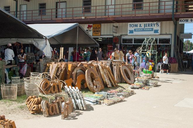 Treasure Hunting At Texas First Monday Trade Days