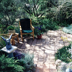 eclectic landscape by JSL Exteriors Landscape Design/Build