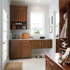 Contemporary Kitchen Cabinetry by Shenandoah Cabinetry