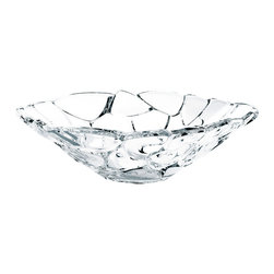 Nachtmann - Nachtmann Petals Bowl Pratt Design - Crystal clearly adds an elegant touch. This beautiful petal-patterned bowl, designed by Alvaro Uribe, lets you serve with style and panache—or simply leave it out to be admired on display.