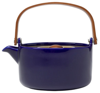 Contemporary Teapots by SAFARI LIVING