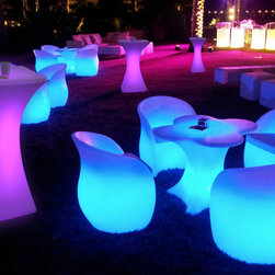 party events outdoor led table and charis - lighting for indoor/outdoor, distinctive led lamps are rechargeable with remote control, the led technology, both brilliant and energy saving, with its brightness and colours makes for impressive atmospheres in living rooms and gardens, as well as in restaurants, bars and clubs