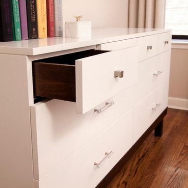 White laquer and walnut dresser -
