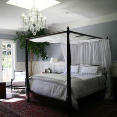 Traditional Bedroom by Winston Brock Chappell Inc