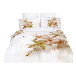 Dolce Mela - Duvet Cover Set Luxury Modern Floral Bedding Dolce Mela DM417, King - Innocenza is light and fresh, an excellent choice for a luscious bedroom decor.  The vivid prints of hosta flowers against the pure white background with abstract floral watermarks create an astonishing spectacle.