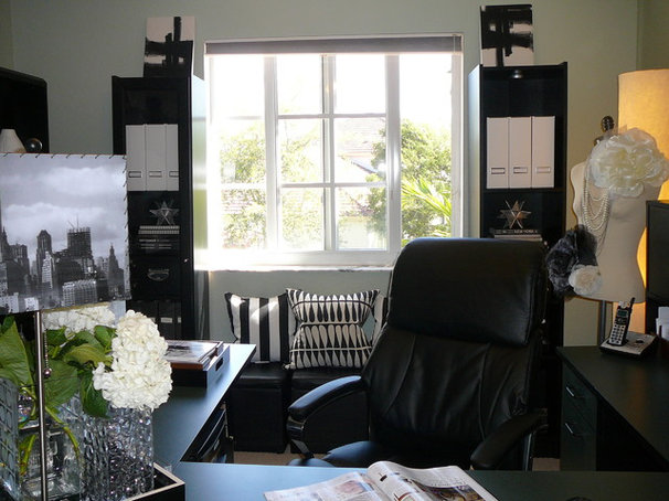 Modern Home Office by FOCAL POINT STYLING