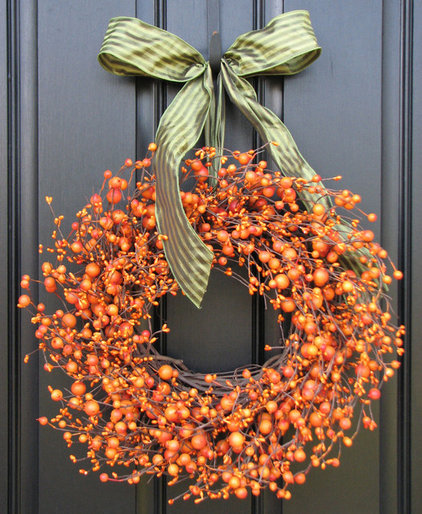 Deck the front door with one of these 19 autumnal wreaths