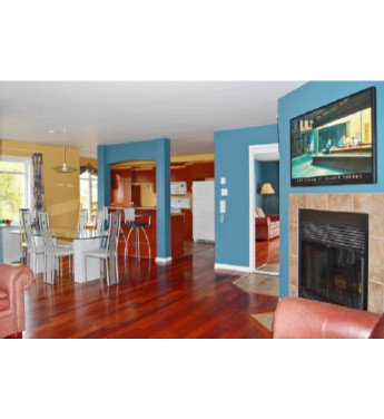 Replace Blue Paint In Open Concept Dining Area