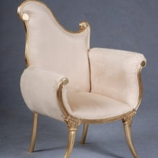 traditional armchairs Notre Dame Chair