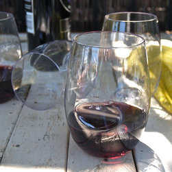 Outdoor Wine Glasses - I love these shatterproof wine glasses with little thumb indents.