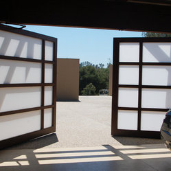 Full View Glass Custom Garage Bi Parting Door This