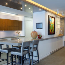 Contemporary Kitchen by Workshop/apd