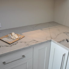 Quartzite countertop - Kitchens Forum - GardenWeb