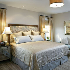 traditional bedroom by Abbeyk, Inc.