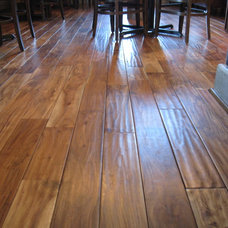 Traditional Hardwood Flooring by Unique Wood Floors