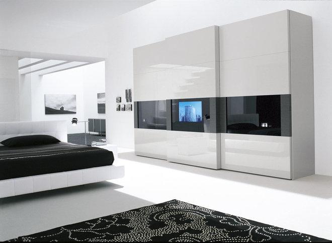 Modern Bedroom by Lisa Adams, LA Closet Design