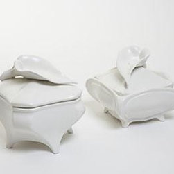 EuroLux Home - New Chelsea House Boxes Calla Lily - Product Details