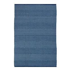 Fab Habitat - Zen - Blue & White Rug (3' x 5') - Step onto this diamond and you're sure to hit a home run. This magnificent rug, which sports a series of concentric-diamond patterns, attracts visitors and spectators, and turns them into diehard fans of your home (field).