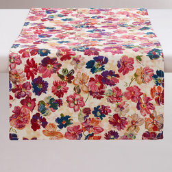 Vintage Floral Table Runner - I love the colors in this vintage floral table runner.