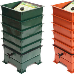 Nature's Footprint - Worm Factory 5 Tray Composter - Worm composting is an incredibly efficient way to convert kitchen scraps, junk mail and paper scraps into nutrient-rich compost for your garden. Master gardeners agree that compost produced by worms will produce the best results and help your plants thrive! The Worm Factory's stackable, multi-tray design makes it the most efficient worm bin composter around. Worms begin eating waste in the lowest tray, and then migrate upward as food sources become exhausted in the lower levels. By allowing worms to migrate upward, the worms separate themselves from the finished compost that is ready for the garden. Features: -Year-round production.-Odor Free operation.-Expandable up to 7 trays.-Trays, base, and lid are made from high-quality post-consumer recycled plastic.-5 Tray.-Comes with ''Quick-Tips'' lid for easy reference.-Made in USA.-Includes a 16-page easy-to-use instructional booklet with photos and illustrations.-Built in collection tray and spigot for easy draining.-Collection: Worm Factory.-Distressed: No.-Country of Manufacture: United States.Dimensions: -Dimensions: 28'' H x 16'' W x 16'' D.-Weight: 14 lbs.-Overall Product Weight: 14 lbs.Warranty: -5 Year warranty on parts and workmanship.