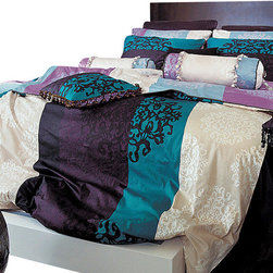 Blooming Home Decor - 820TC Turquoise, Purple & Black Damask Sheet Set, Queen - Drift off to dreamland wrapped in luxury with this queen sheet set featuring vibrant colors that lend hints of glamor and royalty. With 820-thread count sheets and 100% high quality cotton throughout, the bold turquoise and purple stripes nestle between a soothing ivory pattern – making it perfect for either a dark or pale-hued room.