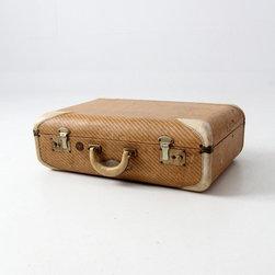 Vintage Wilt Luggage - vintage Wilt suitcase