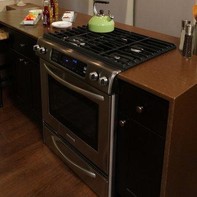 Jade Countertops - Kelli Kaufer Design on DIY I Hate My Kitchen